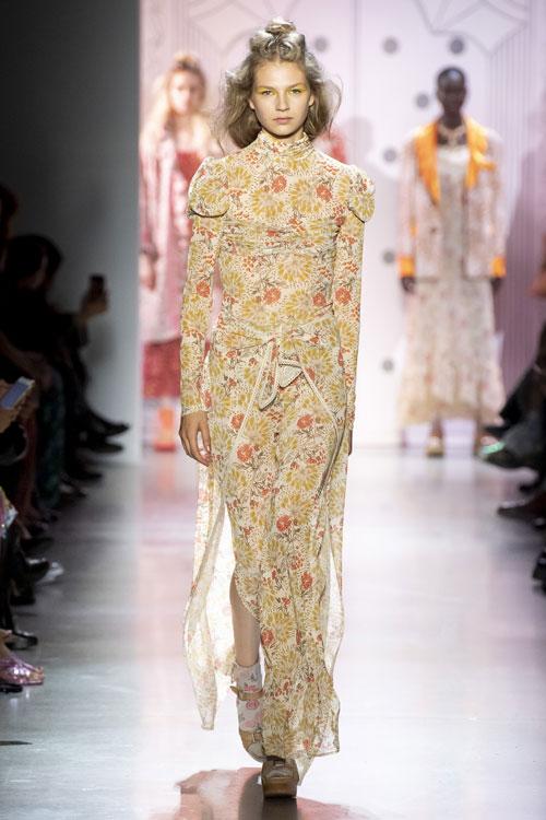 Anna Sui colecția primăvară-vară 2020