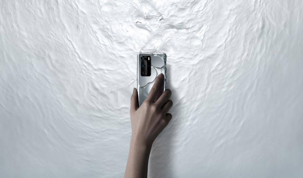 Știe să facă poze de 100K likes, arată foarte bine, este la curent cu tehnologiile de ultimă oră și poate fi al tău. Nu este Mr. Right, este cel mai tare telefon pe care poți pune mâna. Huawei P40 Series, aici pentru tine!