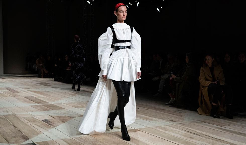 London Fashion Week se va ține în iunie pe o platformă digitală