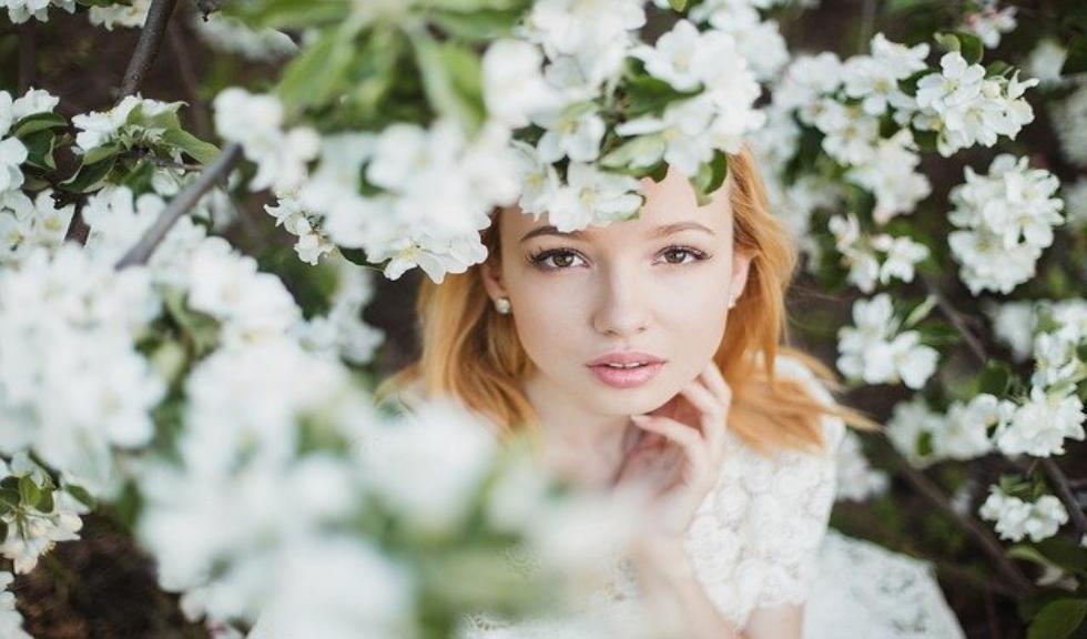 (P) Mască de păr profesională: 5 produse de care ai nevoie în această primăvară