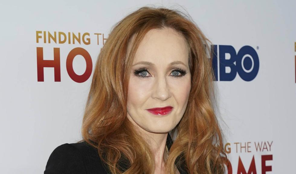 J.K. Rowling a dezvăluit că a avut simptome ale coronavirusului, dar s-a recuperat după ce a apelat la o anumită tehnică de respirație