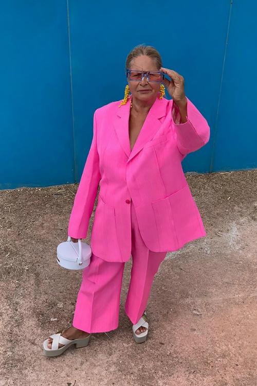 Bunica lui Simon Porte Jacquemus strălucește în ultima campanie a brand-ului