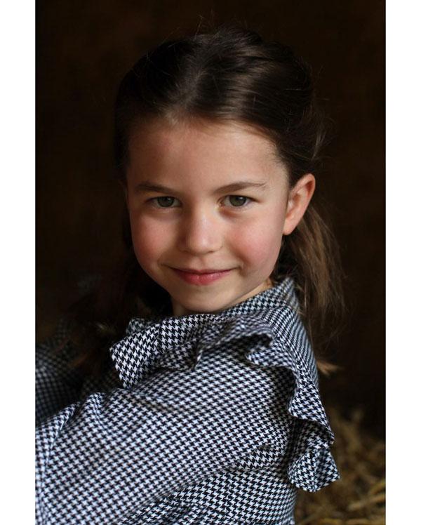 Imagini inedite cu Prințesa Charlotte, publicate cu ocazia zilei sale de naștere