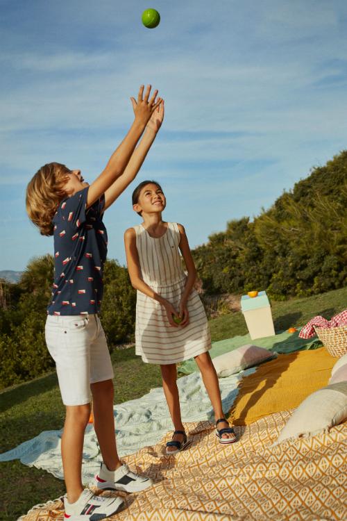 (P) Tommy Hilfiger a lansat colecția de primăvară – vară 2020 pentru copii