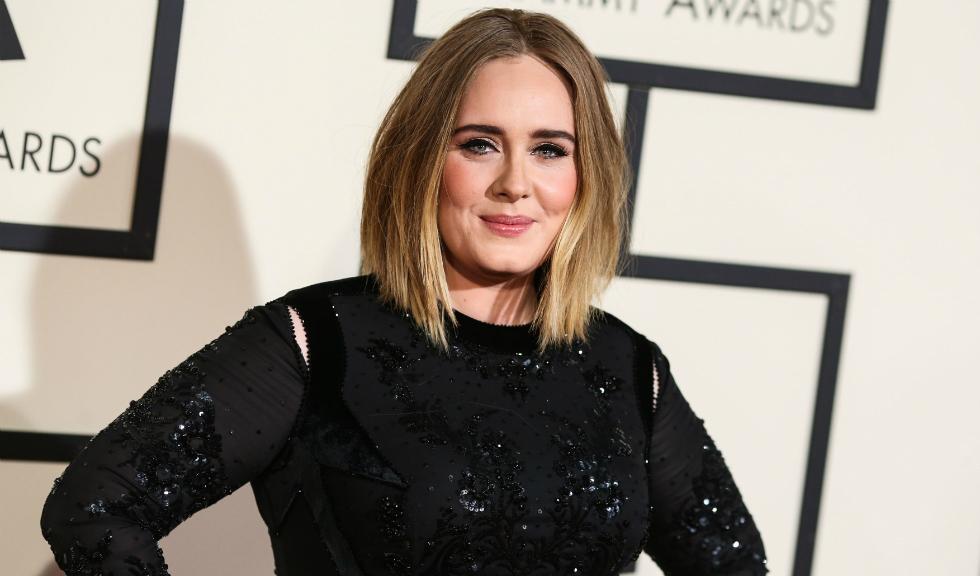 Adele a împlinit 32 de ani și a publicat o fotografie care a devenit extrem de repede virală