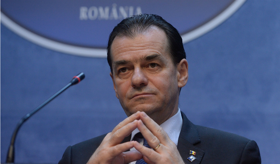 Terasele vor rămâne închise, afirmă premierul Ludovic Orban