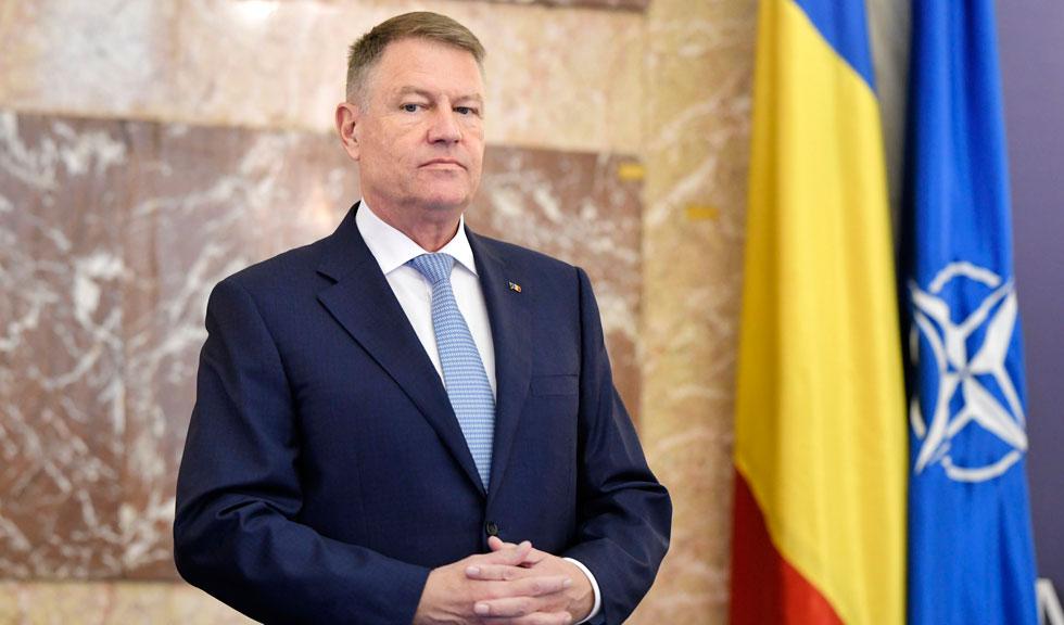 Klaus Iohannis a contestat la CCR legea care prevede acordul părinților pentru orele de educație sexuală