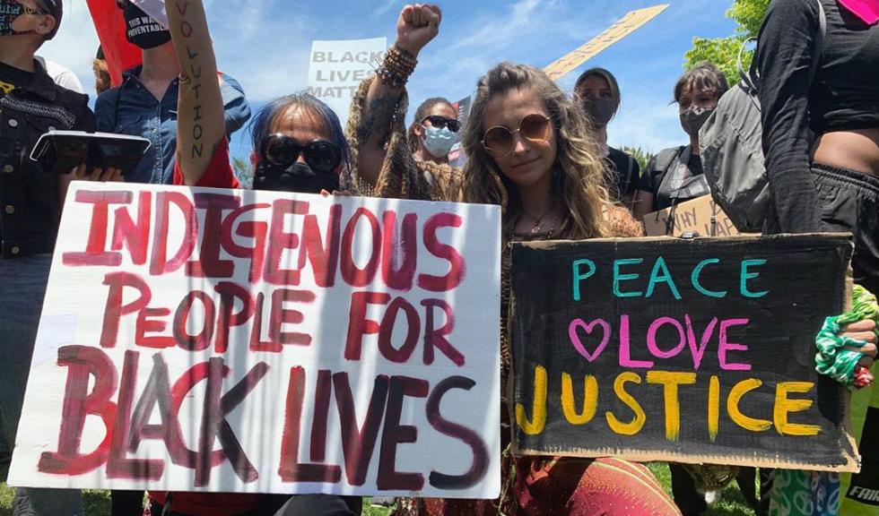 Celebrități din întreaga lume își arată revolta față de moartea lui George Floyd