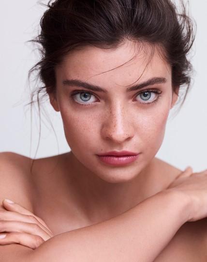 (P) Cum refacem bariera de protecție a pielii afectată de factori externi?