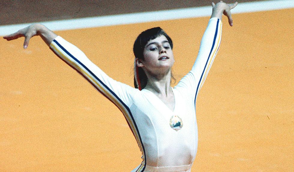 AZI se împlinesc 44 de ani de la primul 10 din istoria gimnasticii obținut de Nadia Comăneci