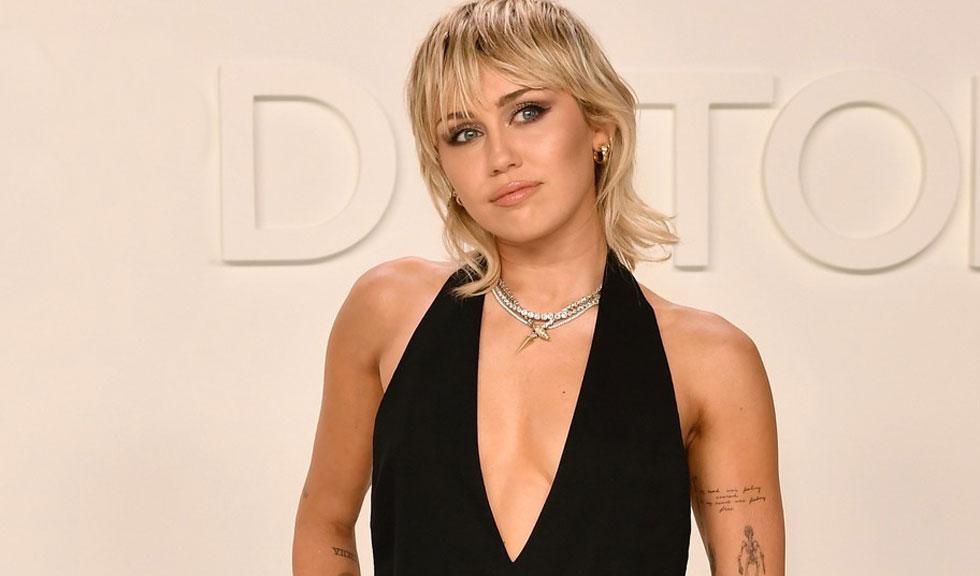 Miley Cyrus a făcut o serie de dezvăluiri explozive cu privire la viața sa privată