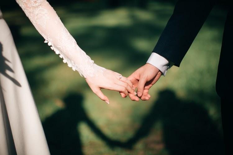 (P) Ce trebuie să știi dacă te căsătorești în vremea pandemiei