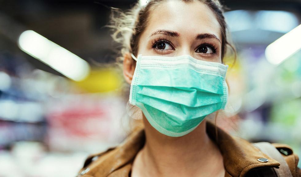Vizieră sau mască de protecție? Care te protejează mai bine de coronavirus?