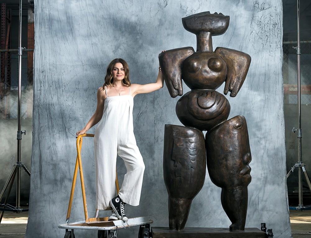 Love Anatomy – cea mai recentă lucrare a Alexandrei Nechita, expusă într-o instalație de artă permanentă dinBeverly Hills