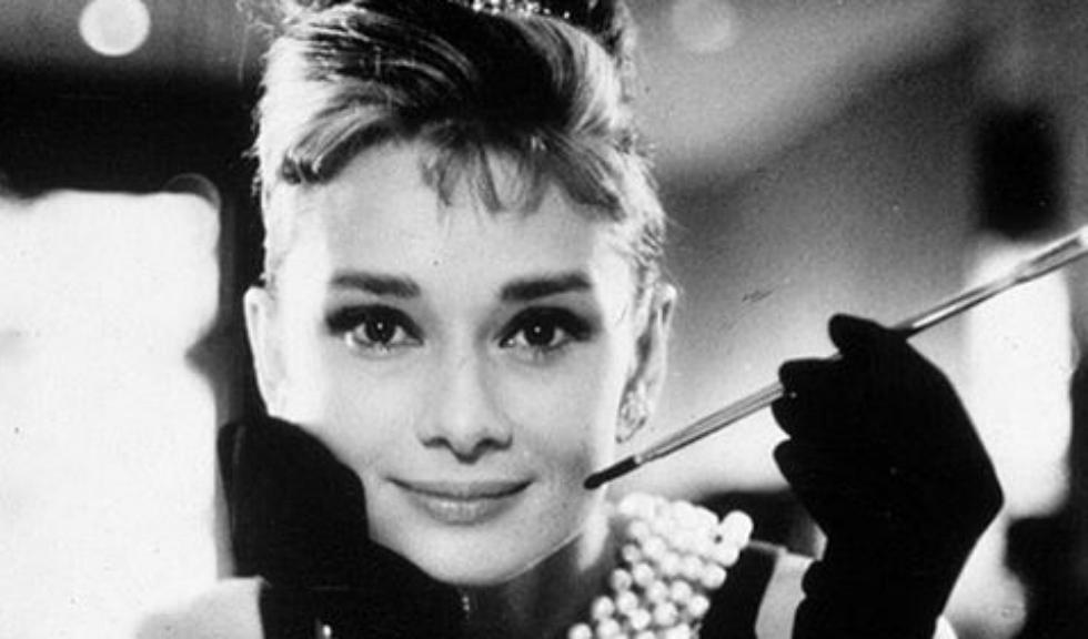 Fiul lui Audrey Hepburn a scris o carte de copii despre viața mamei sale