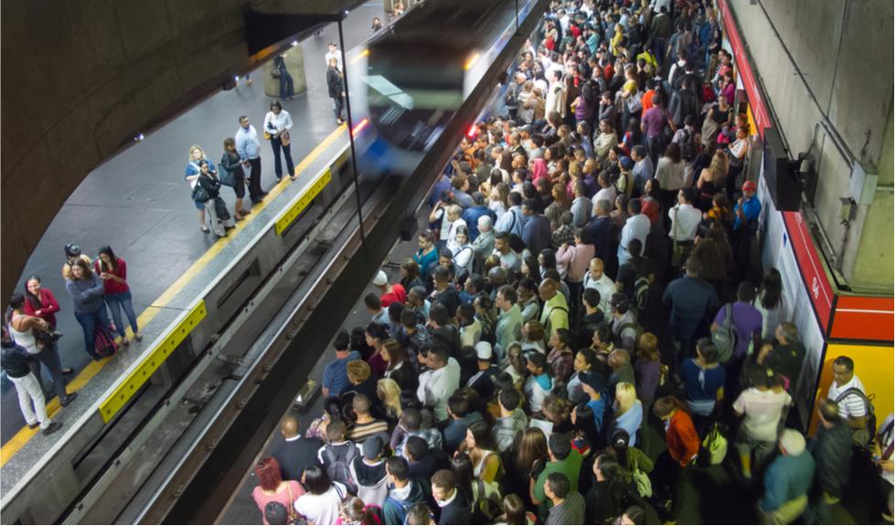 Restricții la metrou. Personalul de pază va limita accesul călătorilor