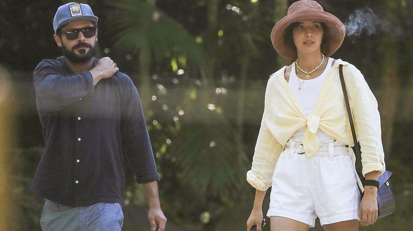 Zac Efron s-a despărțit de iubita sa, deși își căutau o casă pentru a se muta împreună