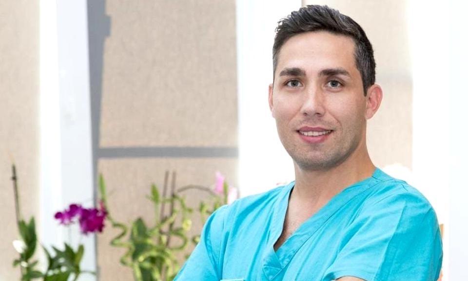Cine este Valeriu Gheorghiță, tânărul medic care va coordona campania de vaccinare împotriva coronavirusului