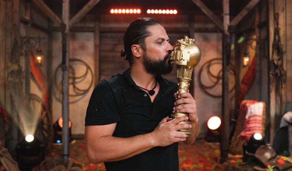Ce va face Augustin Viziru, câștigătorul emisiunii Ferma, cu premiul de 50.000 de euro