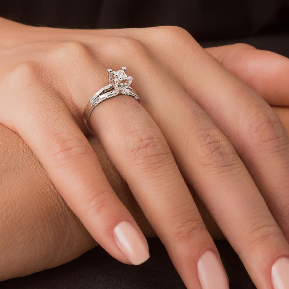 (P) Caracteristici ale diamantelor naturale – iată ce trebuie sa știi