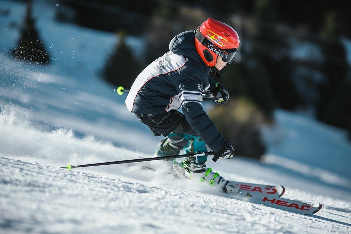 (P) La ski în Bansko, Bulgaria: cele mai bune argumente pentru o vacanță de iarnă la vecini