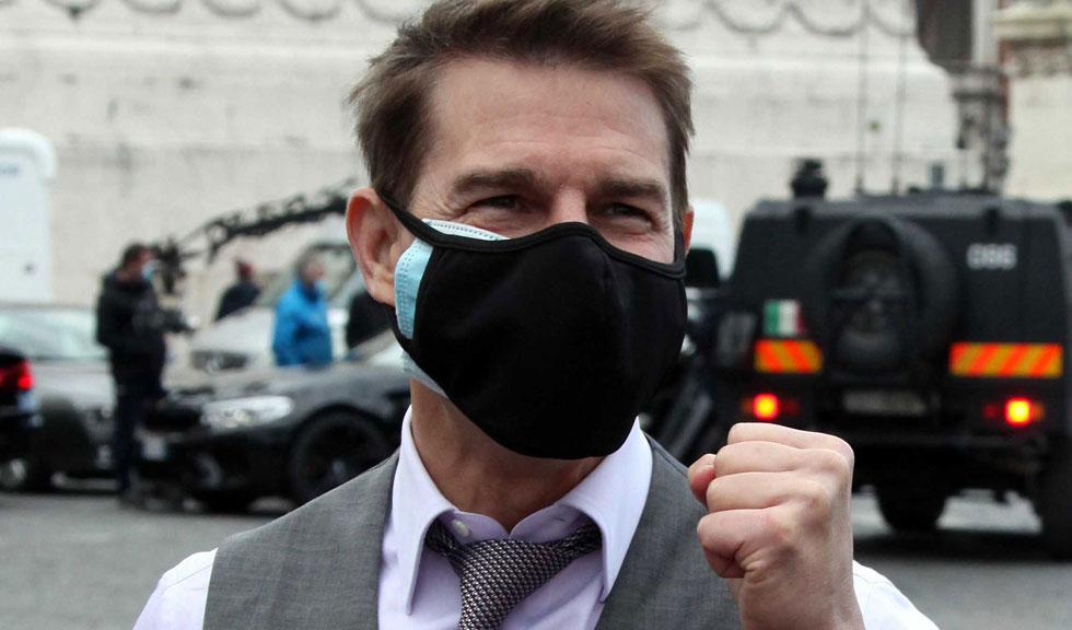 Tom Cruise este acuzat că și-a înscenat ieșirea nervoasă de pe platourile de filmare numai pentru a-și face publicitate