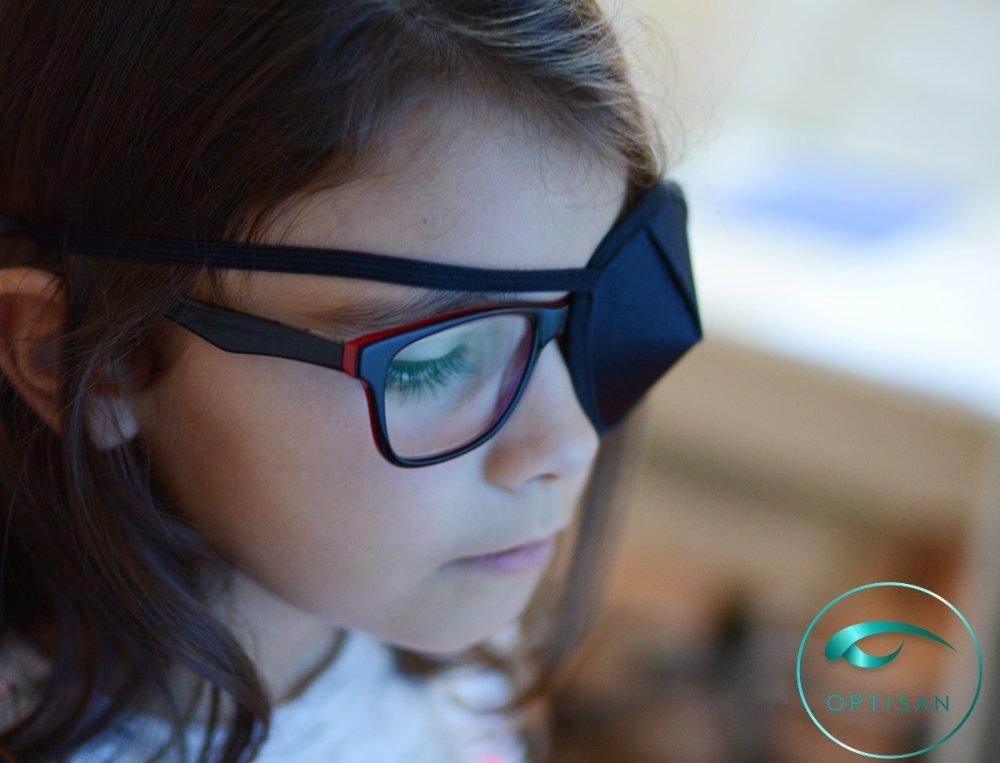 (P) 3 copii dintr-o sută suferă de ambliopie: ce este, care sunt simptomele și cum se tratează această afecțiune oftalmologică?