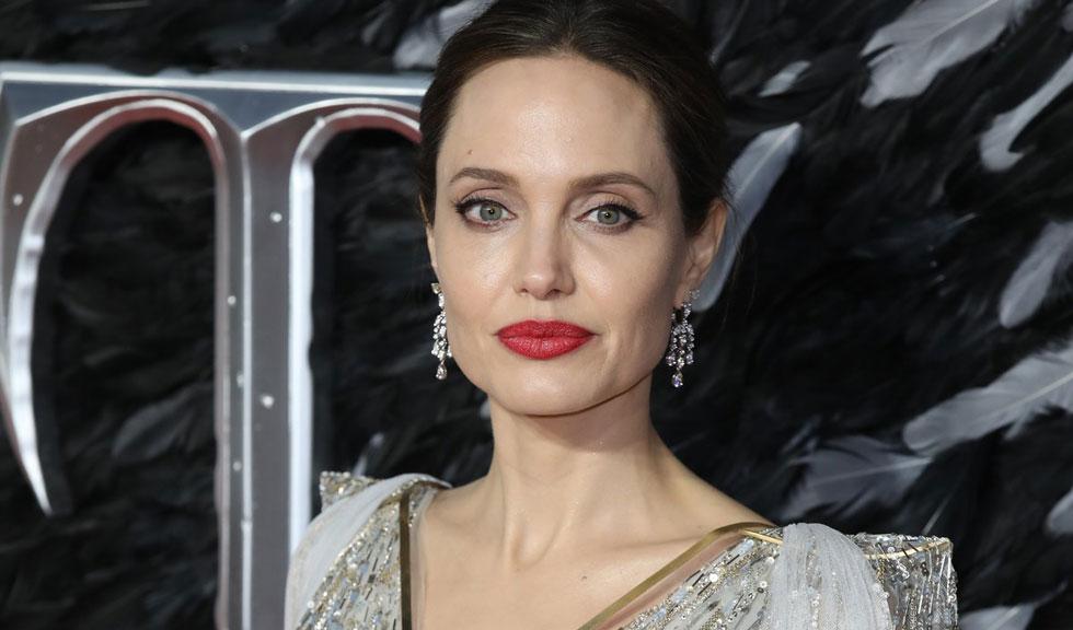 Angelina Jolie, imagini inedite alături de fiul său, Knox