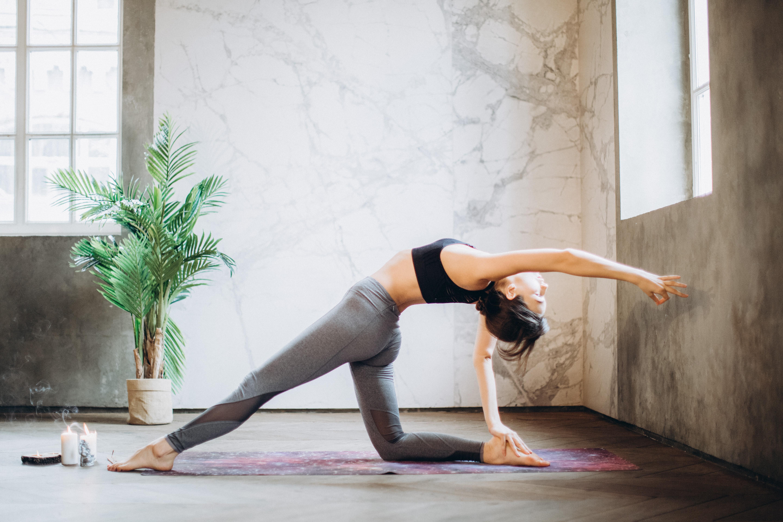 (P) Schimbarea în viața ta poate începe cu o saltea de yoga!