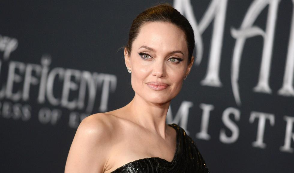 Angelina Jolie, ipostază inedită alături de DJ-ul Diplo
