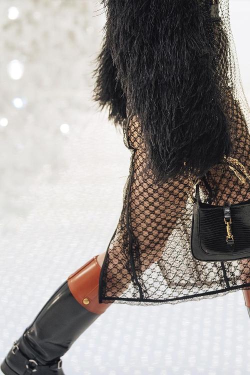 Gucci x Balenciaga nu este doar o colaborare, este 'o piratare'