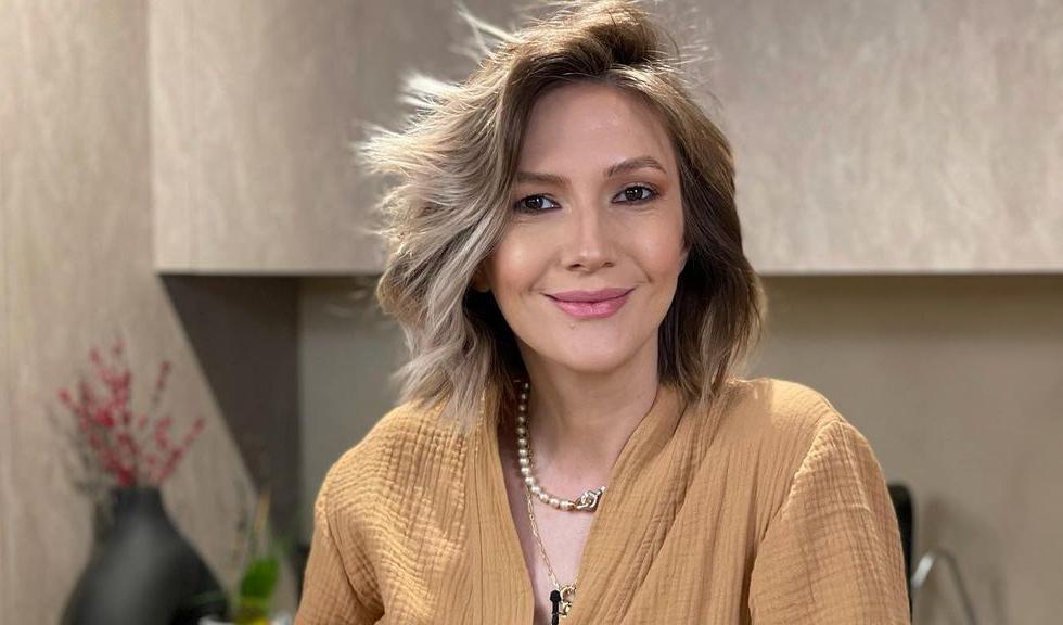 Ce decizie surprinzătoare a luat Adela Popescu, însărcinată în șapte luni