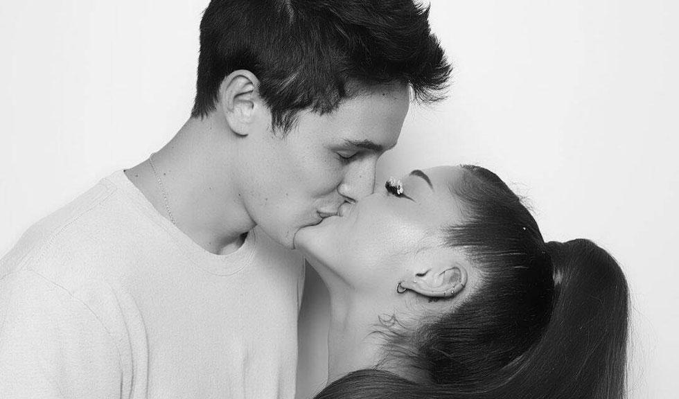 Ariana Grande și Dalton Gomez s-au căsătorit