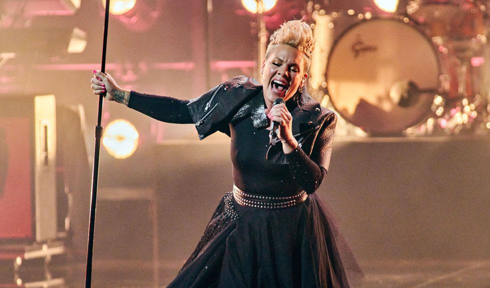Pink a făcut un show de neuitat la Billboard Music Awards 2021