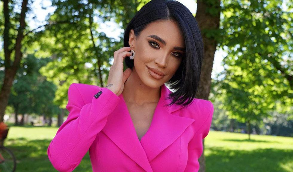 Adelina Pestrițu și-a făcut o schimbare de look, iar fanii au copleșit-o cu felicitări
