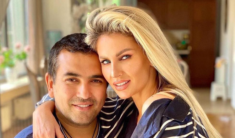 Andreea Bănică a fost surprinsă de soțul ei. Ce a făcut Lucian Mitrea după ce artista a suferit o intervenție chirurgicală