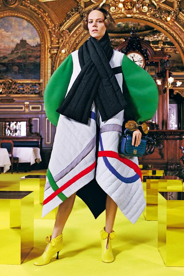 ELLE SPECIAL: Tendințe fashion & beauty toamnă-iarnă 2021/2022