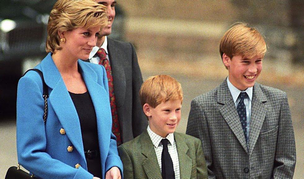 Cum arată statuia Prințesei Diana. Prințul William și Prințul Harry au adus un omagiu emoționant mamei lor