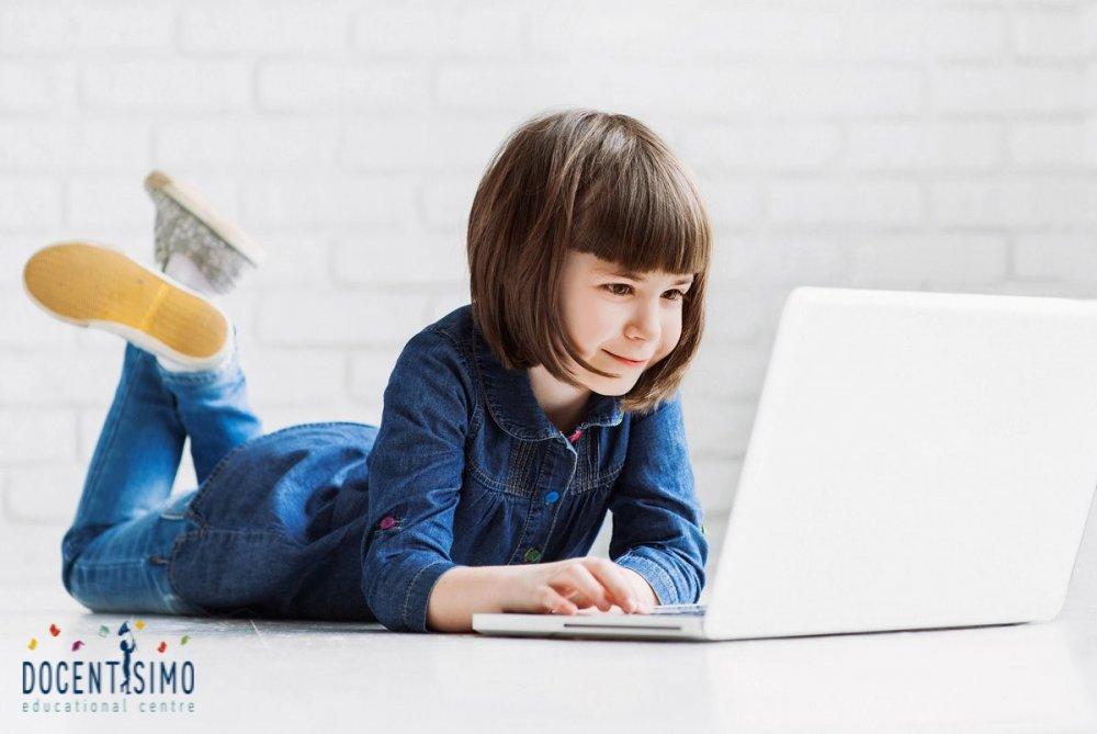 (P) Învață limba engleză simplu și rapid – cursurile online de la Docentisimo îți sunt de ajutor
