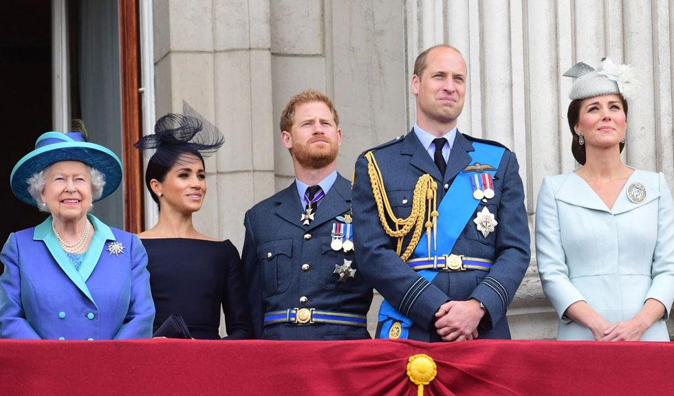 Regina Elisabeta își pregătește avocații pentru confruntarea cu Harry & Meghan