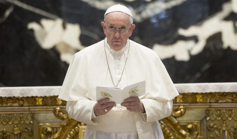 Papa Francisc va fi operat