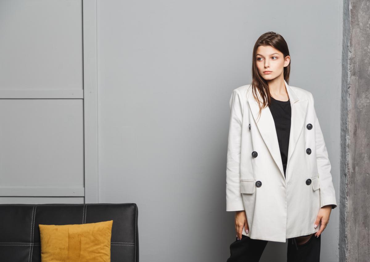(P) De ce sunt importante materialele din care este confecționată îmbrăcămintea – sfaturi de la GLAMI.ro