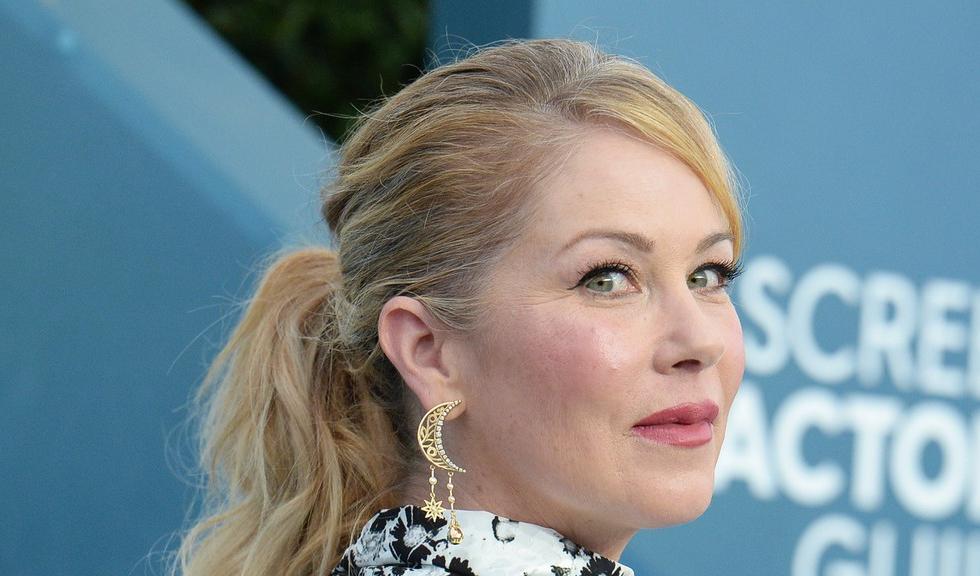 Actrița Christina Applegate, cunoscută pentru rolul din serialul Dead to Me, a fost diagnosticată cu scleroză multiplă