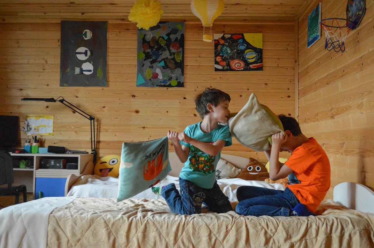 (P) Cele mai bune soluții pentru amenajarea camerei copilului