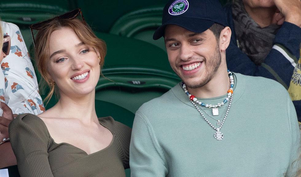 Phoebe Dynevor și Pete Davidson s-au despărțit după cinci luni de relație