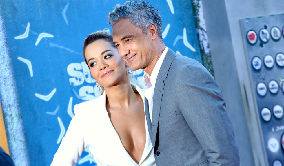 Rita Ora și Taika Waititi și-au confirmat în mod oficial relația