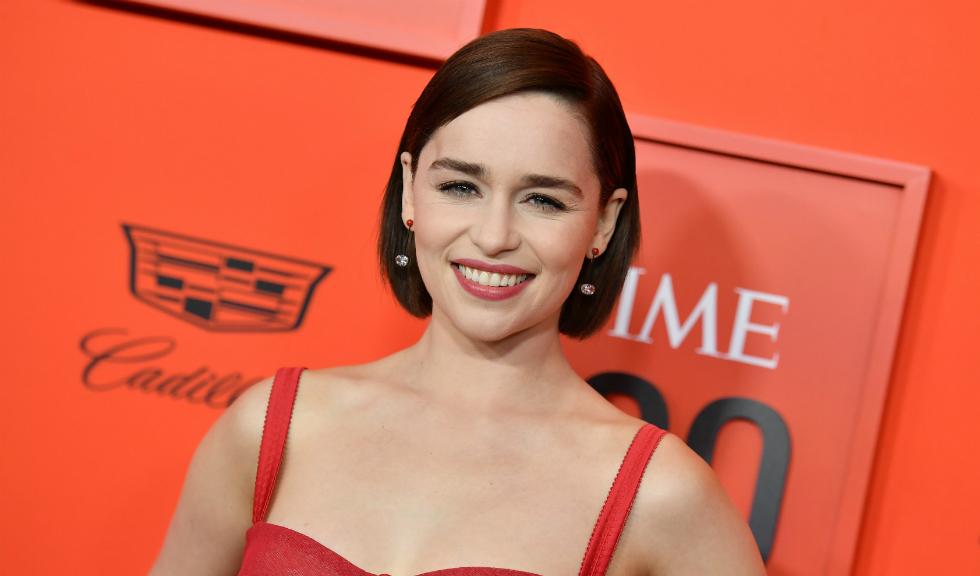 Fără operații estetice! Emilia Clarke se teme de bisturiu