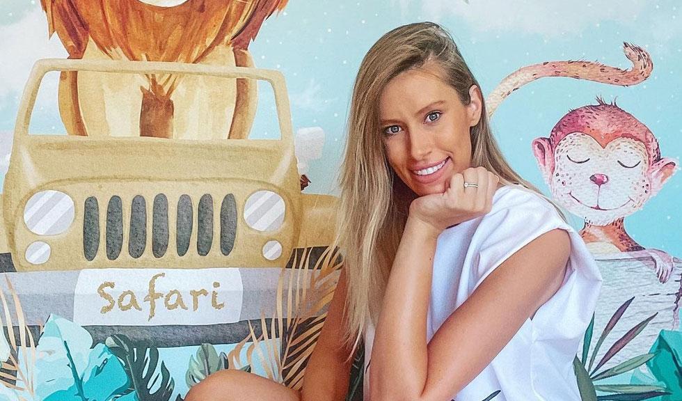 Ce dietă urmează Gabriela Prisăcariu, soția lui Dani Oțil, după ce a născut, pentru a scăpa de kilogramele în plus