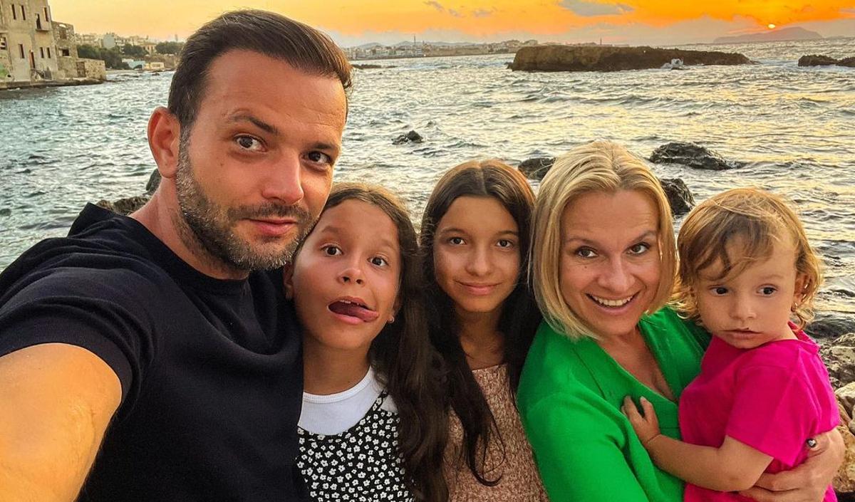 Una dintre fiicele lui Mihai Morar a fost diagnosticată cu COVID-19. Ce mesaj a transmis acesta