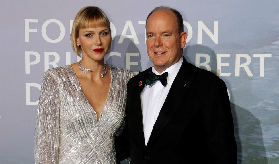 PrințesaCharlene de Monaco, greu de recunoscut în prima apariție de la externarea din spital